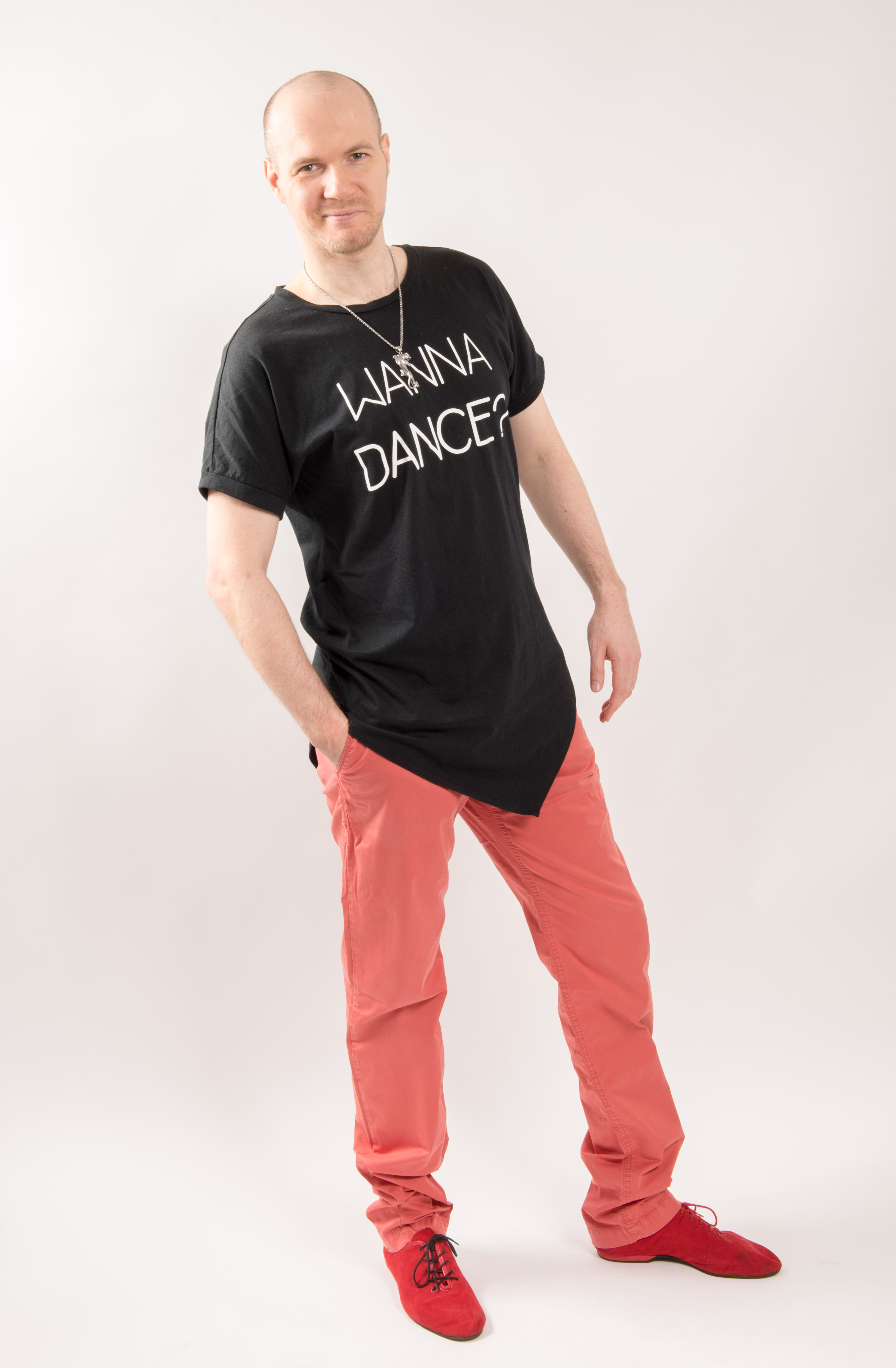 Manni, der Besitzer und Tanzlehrer von der Tanzschule LaLASalsa
